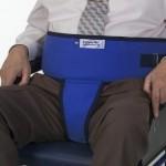 Cinturon VELCRO con perineal para sillon o silla de ruedas