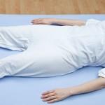 Pijama ortopedico antipañal corto